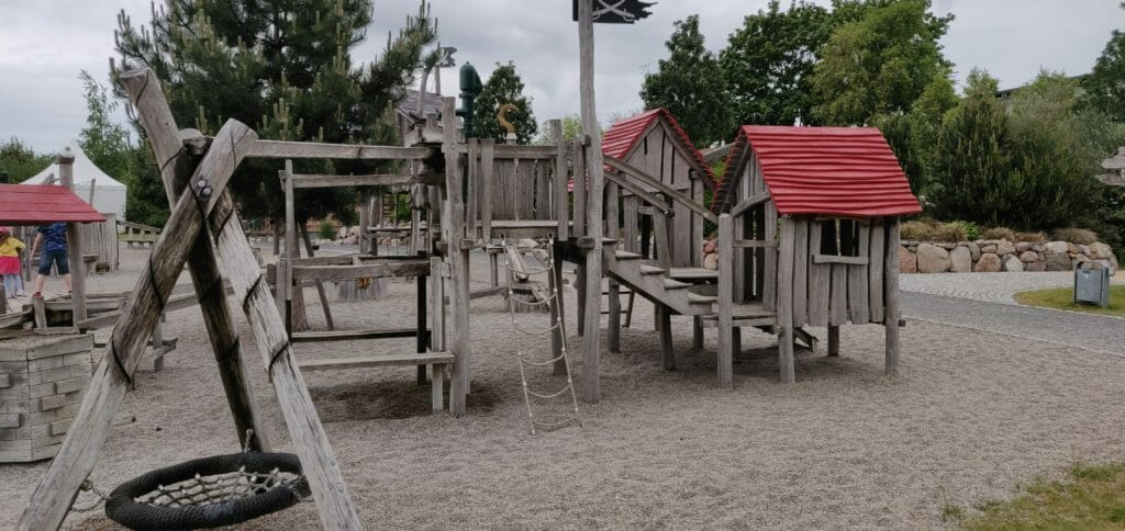 Kleinkinder-Spielplatz der Piraten-Insel